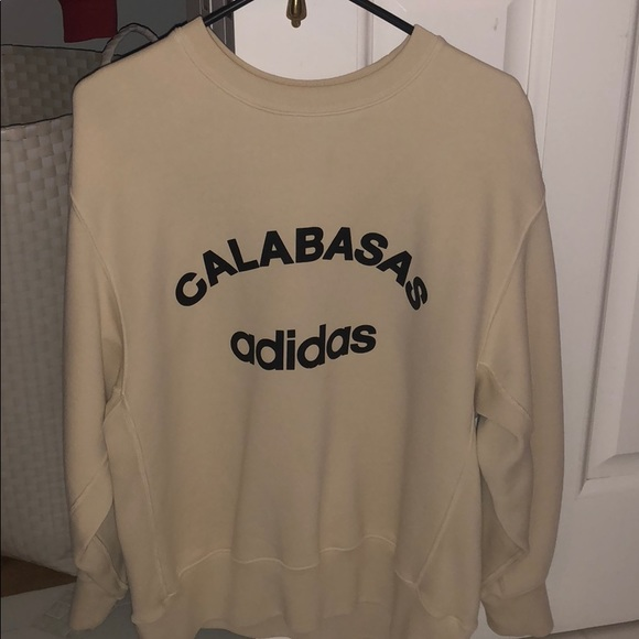 a9e10135e YEEZY season 5 Calabasas sweatshirt. M 5b591ffcf303697c04c80611
